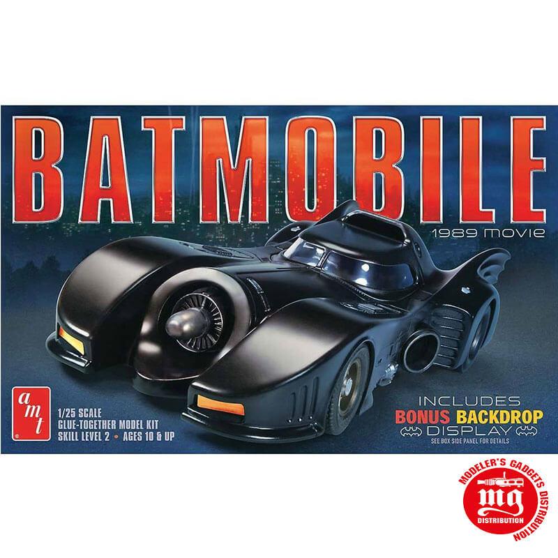 BATMOBILE AMT 935