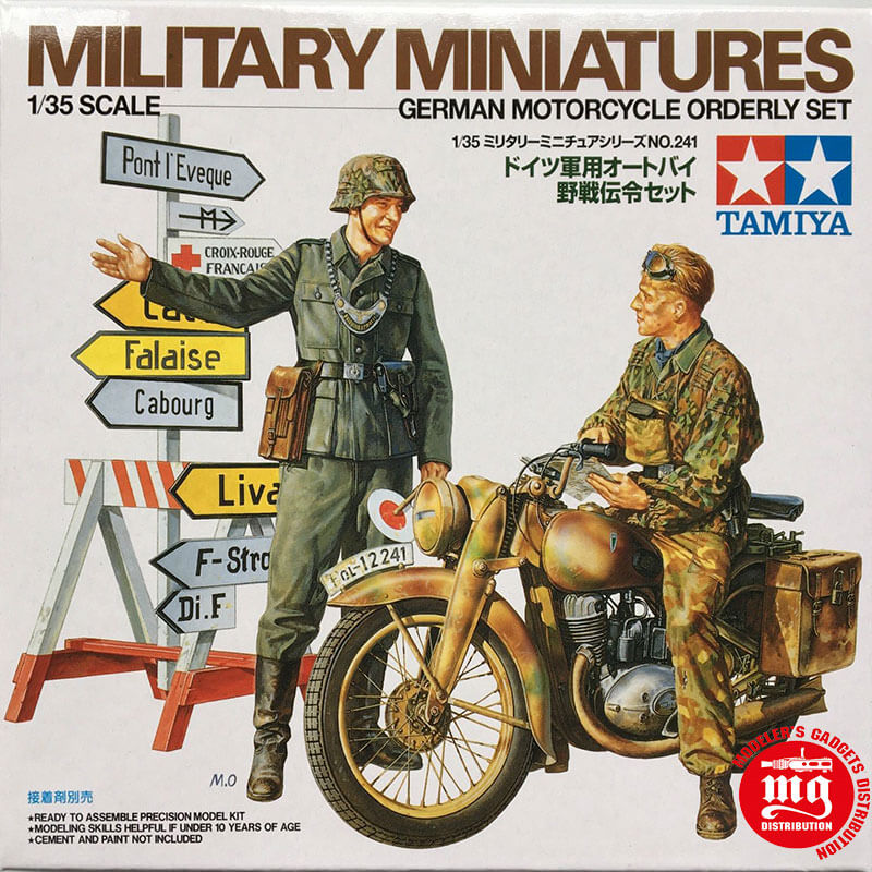 MILITARY-MINIATURES-GERMAN-MOTORCYCLE-ORDERLY-SET